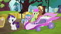Filly Rarity and her Applewood Derby cart S6E14.png