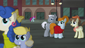 Mad Men ponies stop to watch S5E16.png