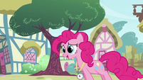 Pinkie Pie 'Timing myself galloping' S3E3