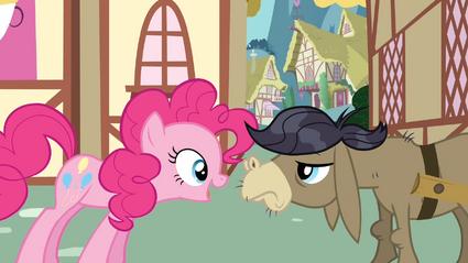Pinkie meeting CDD S2E18