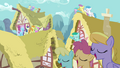 Ponies singing on roofs S3E13.png