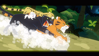 Predators chasing Daring Do S2E16