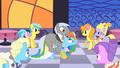 Rainbow Dash catches Caesar S01E26.png