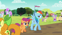 Rainbow and Scootaloo at the Sisterhooves Social S5E17