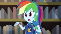 Rainbow giving an explanation EG3