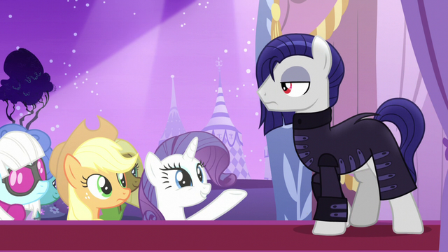 File:Rarity presenting Inky Rose's designs S7E9.png