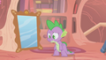 Spike lost his mustache S1E06.png