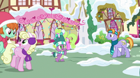 Spike shopping around for Rarity MLPBGE