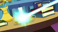 Starlight Glimmer zapping a candle holder S6E21