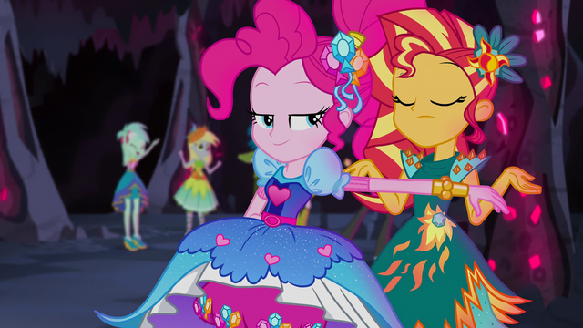 File:Sunset Shimmer shrugging her shoulders EG4b.png