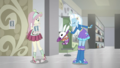 Angel Bunny pops out of Trixie's hat SS16.png