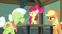 Apple Bloom -what is it, Granny-- S5E4