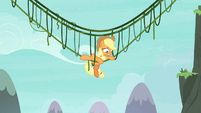 Applejack pulling herself up S8E9