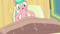 Aquamarine's bed rises into the air S7E3.png