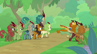 Autumn Blaze leads Kirin on a search S8E23