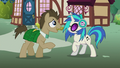 Dr. Hooves talking directly to DJ Pon-3 S5E9.png