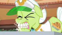Granny Smith snaps her teeth on empty air S8E5