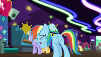 Rainbow -I'm the worst chaperone ever!- S8E5