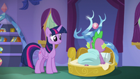 Spike pops up out of bed S8E11