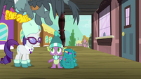 Spike watches Gabby leave for Griffonstone S9E19