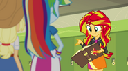 Sunset Shimmer explains how the book works EG2