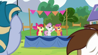 Cutie Mark Crusaders present a special guest S7E21