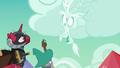 Discord appears as a cloud S6E17.png