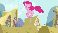 Pinkie Pie house hop S2E18
