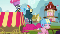 Pinkie continues moving S5E19