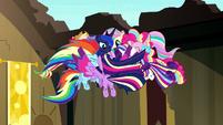 Rainbow Power Mane Six gather around Luna S5E13