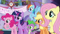 Rarity's friends see the new dress; Pinkie looks at something else S5E14