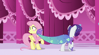 Rarity accidentally slaps Fluttershy with her tail S5E21