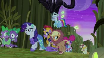 S05E21 Główne bohaterki rozbawione zachowaniem Big Maca