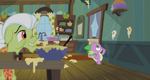 Spike thinking of a method to get the eggs S3E9