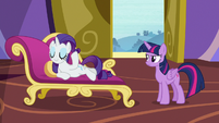 Twilight Sparkle disappointed in Rarity S9E19