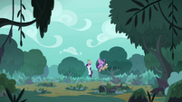 Twilight and Spike save Rarity and Zecora S8E11
