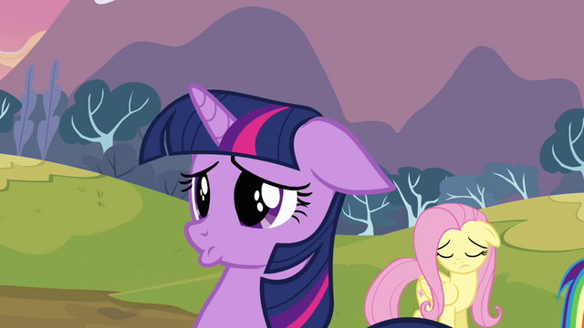 File:Twilight cute face S2E22.png
