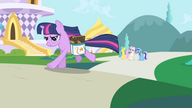 663px-Twilight Sparkle running S01E01