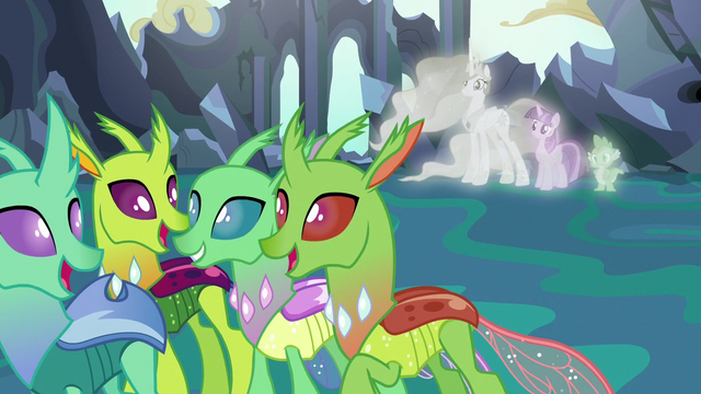 File:Changelings listen to Starlight and Thorax's lesson S7E1.png
