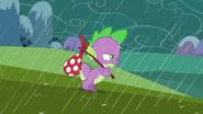 S02E21 Spike wędruje w deszczu
