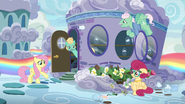 S06E11 Zephyr chce otworzyć własne studio