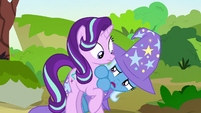 Trixie -a terrifying-looking changeling- S7E17