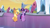 Twilight trotando com Applejack EG