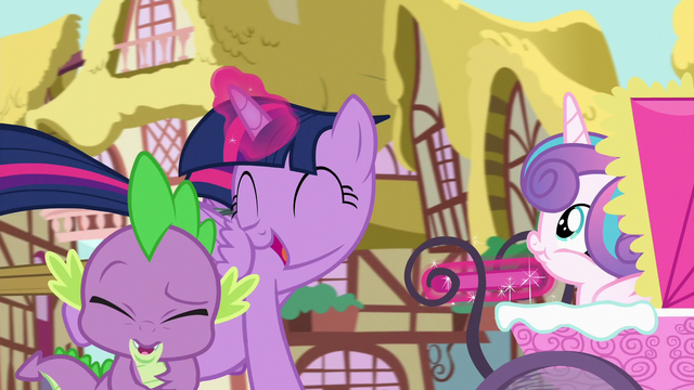 "File:Twilight yells ""best aunt ever!"" in Spike's ears S7E3.png"