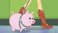 Applejack's pet pig walking next to her EGDS4.png