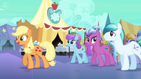 Applejack guides Crystal Ponies through the Faire S3E01