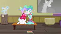 Celestia falls asleep on Strawberry Ice S9E13