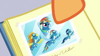 Close-up on photo of Rainbow as official Wonderbolt S7E7