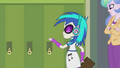 DJ Pon-3 about to back into Principal Celestia EG2.png