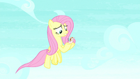 Fluttershy catches the featherless bird S8E18